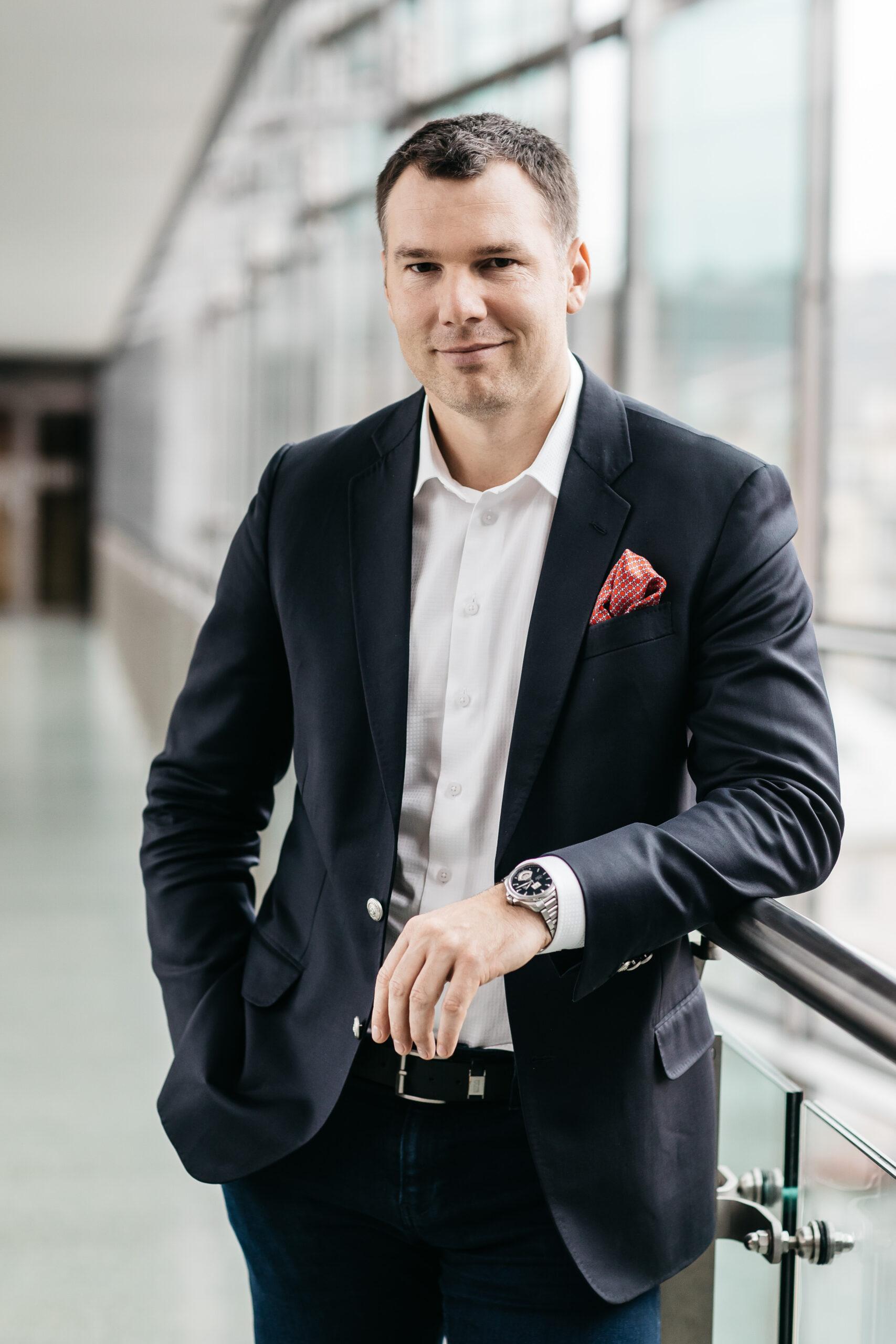 Pavel 2016